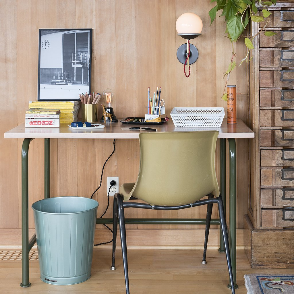 10 Must-Haves for a Modern Home Office