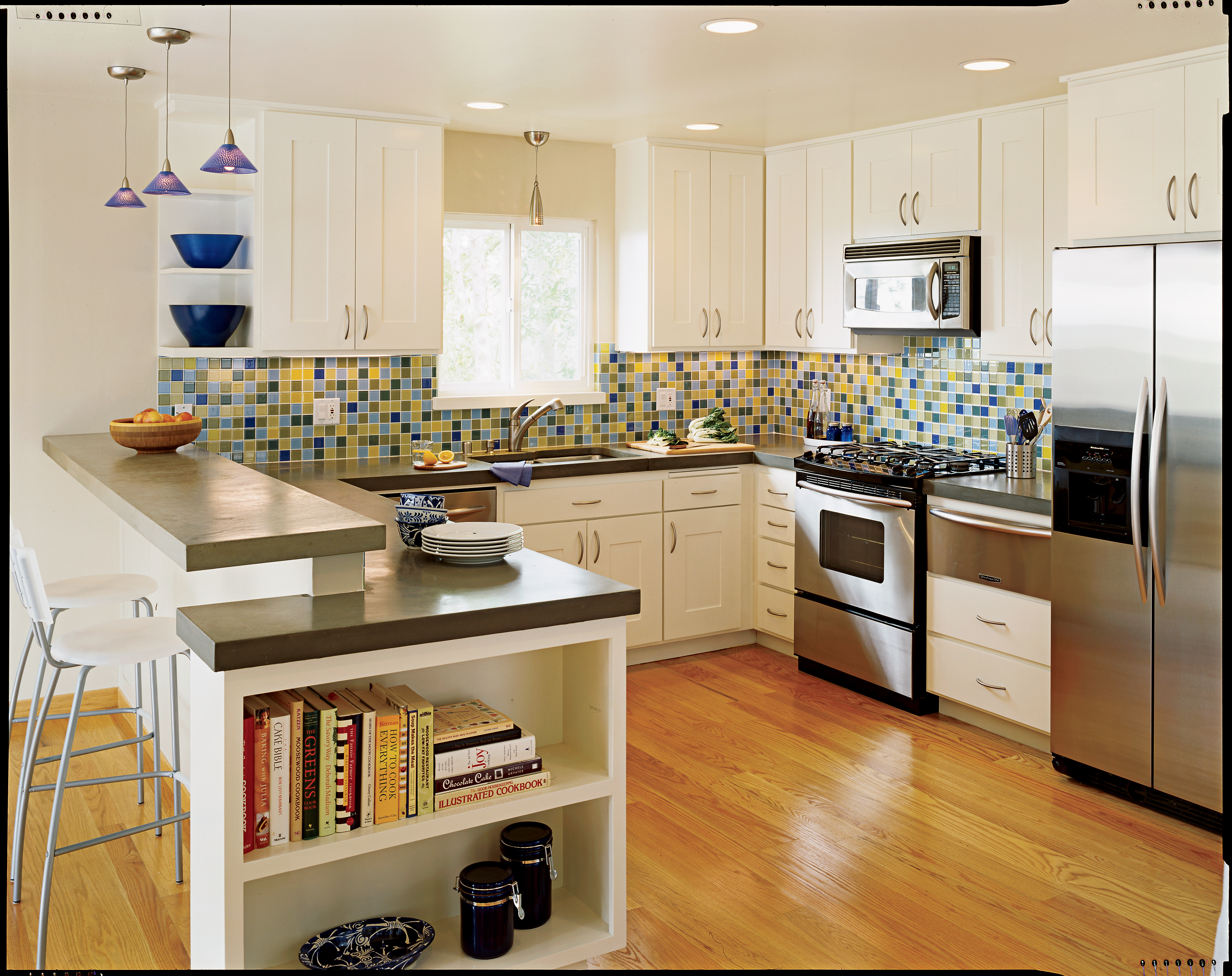 Fresh and Colorful Kitchen Redesign
