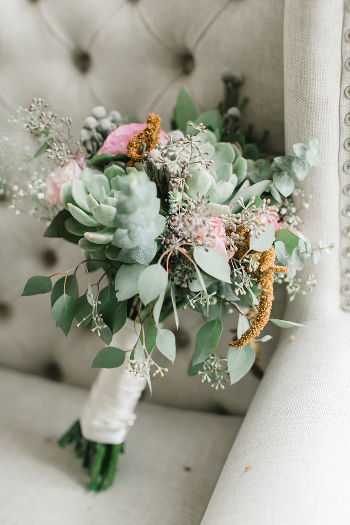 These Beautiful Natural Floral Arrangements Won't Break the Bank