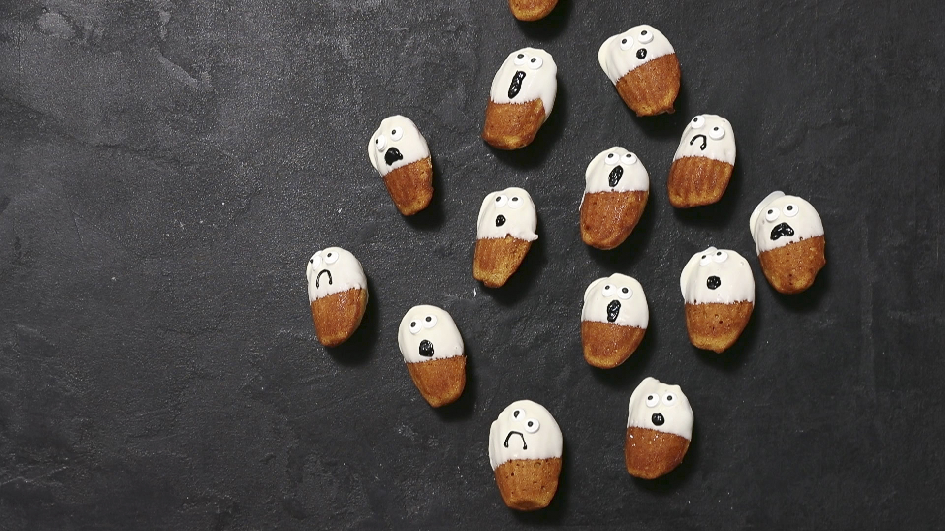How to Make Pumpkin Madeleine Ghosts