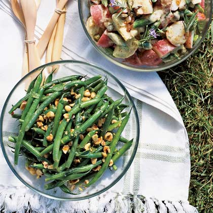 Green Bean, Hazelnut, and Mint Salad with Lemon Dressing