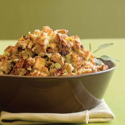 Cornbread and Gorgonzola Dressing