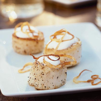 Seared Scallops with Shallots and Coconut Cream