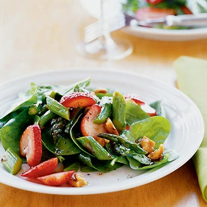 Spinach, Asparagus, and Strawberry Salad