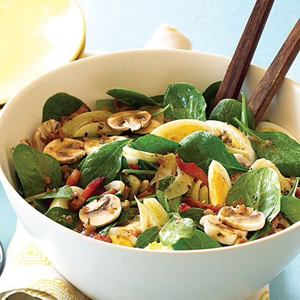 Spinach, Mushroom, and Fennel Salad with Warm Bacon Vinaigrette