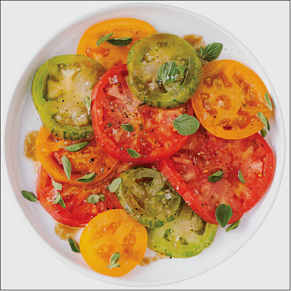 su-Heirloom Tomato Salad with Pomegranate Drizzle