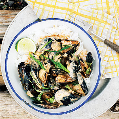 su-Thai Red Curry Mussels