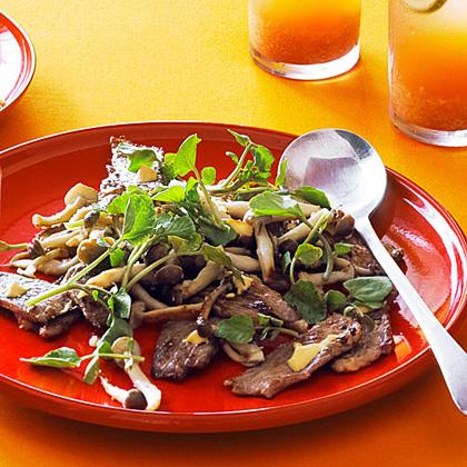 su-New York Steak with Clamshell Mushrooms