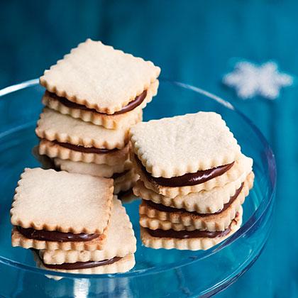 su-Chocolate Hazelnut Cutout Cookies (Nocciolini)