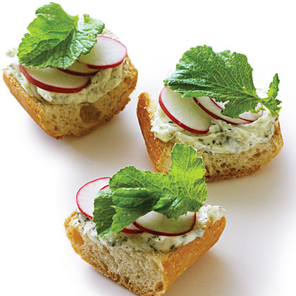 su-Nori Radish Toasts