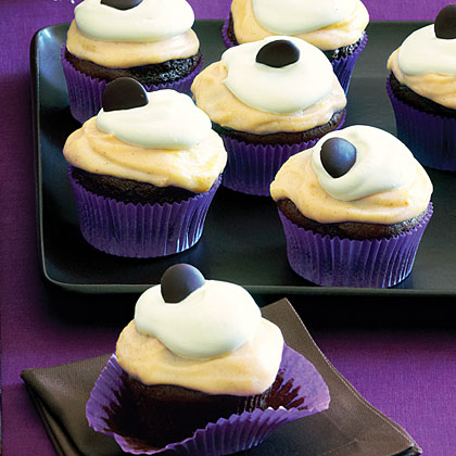 su-Chocolate Pumpkin Cupcakes
