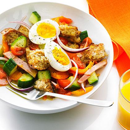 su-Bacon, Egg, and Toast Salad with OJ Dressing