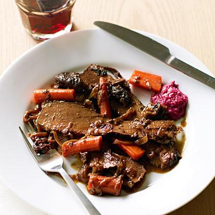 su-Red Wine and Onion-Braised Passover Brisket
