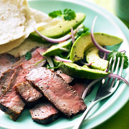 su-Grilled Steak with Avocado and Red Onion Salad