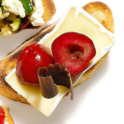 su-Cheese and Chocolate Bruschetta
