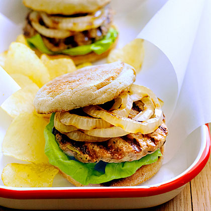 su-Grilled Turkey and Zucchini Burgers