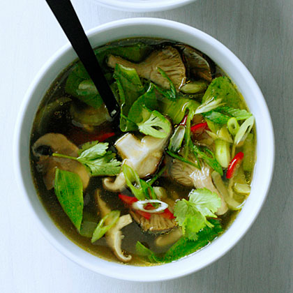 su-Hot-and-Sour Mushroom Soup with Bok Choy