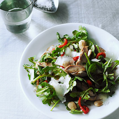 su-Spanish-Style Chicken Salad