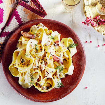su-Dungeness Crab and Garlicky Yogurt Pasta