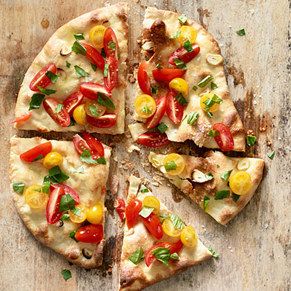 su-Fresh Tomato Basil Pizza