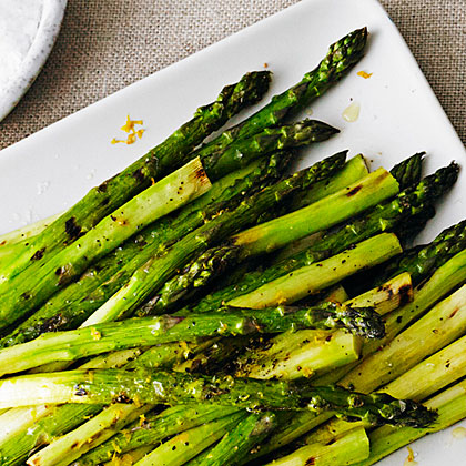 su-Grilled Asparagus with Lemon