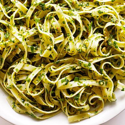su-Sorrel and Almond Pesto Pasta