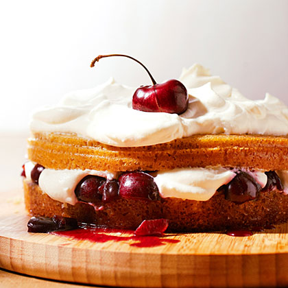 su-Giant Cherry Shortcake