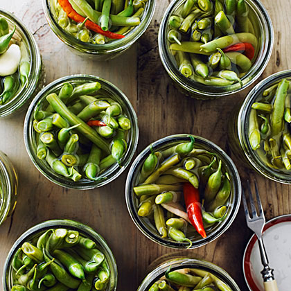 su-Ginger and Chile Pickled Green Beans