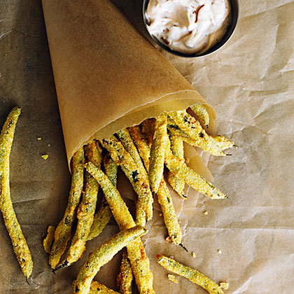 su-Green Bean Fries with Spicy Mayo
