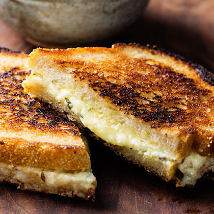 su-Simple, Classic Grilled Cheese