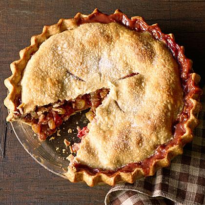 su-Winter Fruit and Walnut Pie