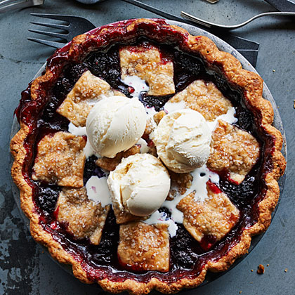su-Anjou Bakery's Marionberry Pie