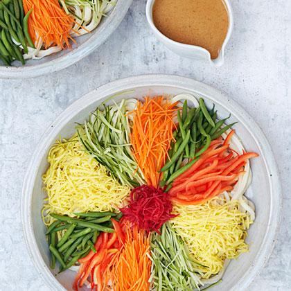 su-Chilled Udon Salad (Hiyashi Chuka Udon)