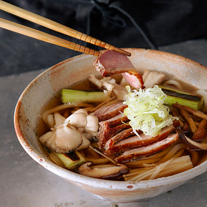 su-Roast Duck and Mushroom Udon (Kamo Kinoko Udon)