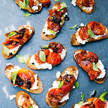 su-Caramelized Tomato Bruschetta