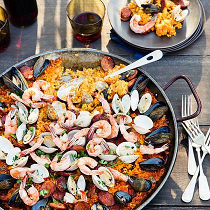 su – Grilled Seafood and Chorizo Paella
