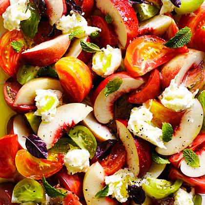su-Nectarine Caprese Salad