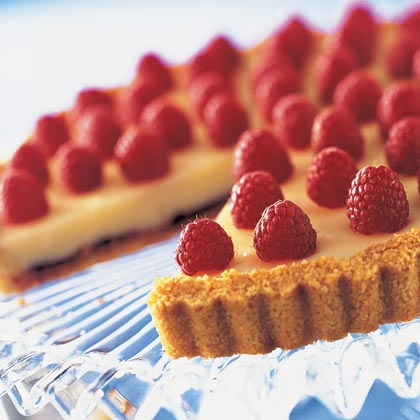 Red-Gold Raspberry White Chocolate Tart