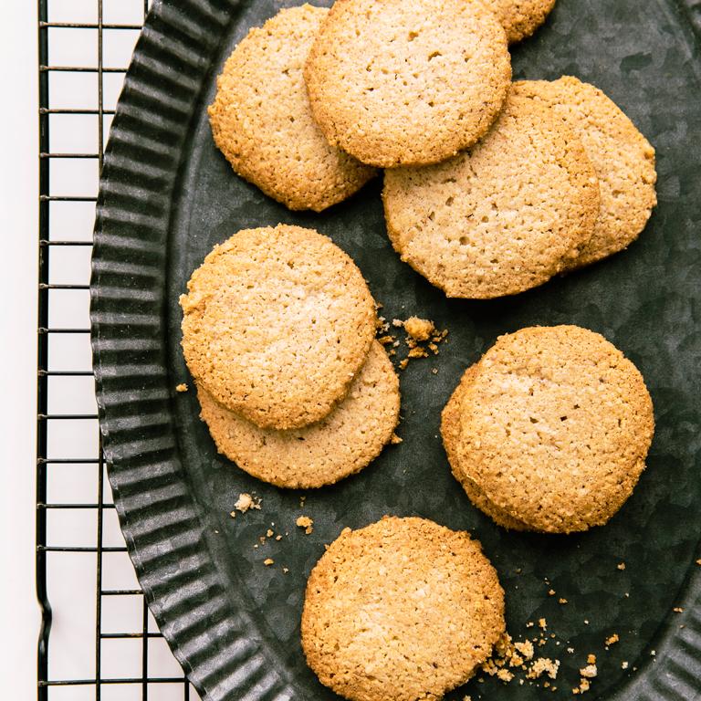 su-Oat Flour and Almond Sablés Image