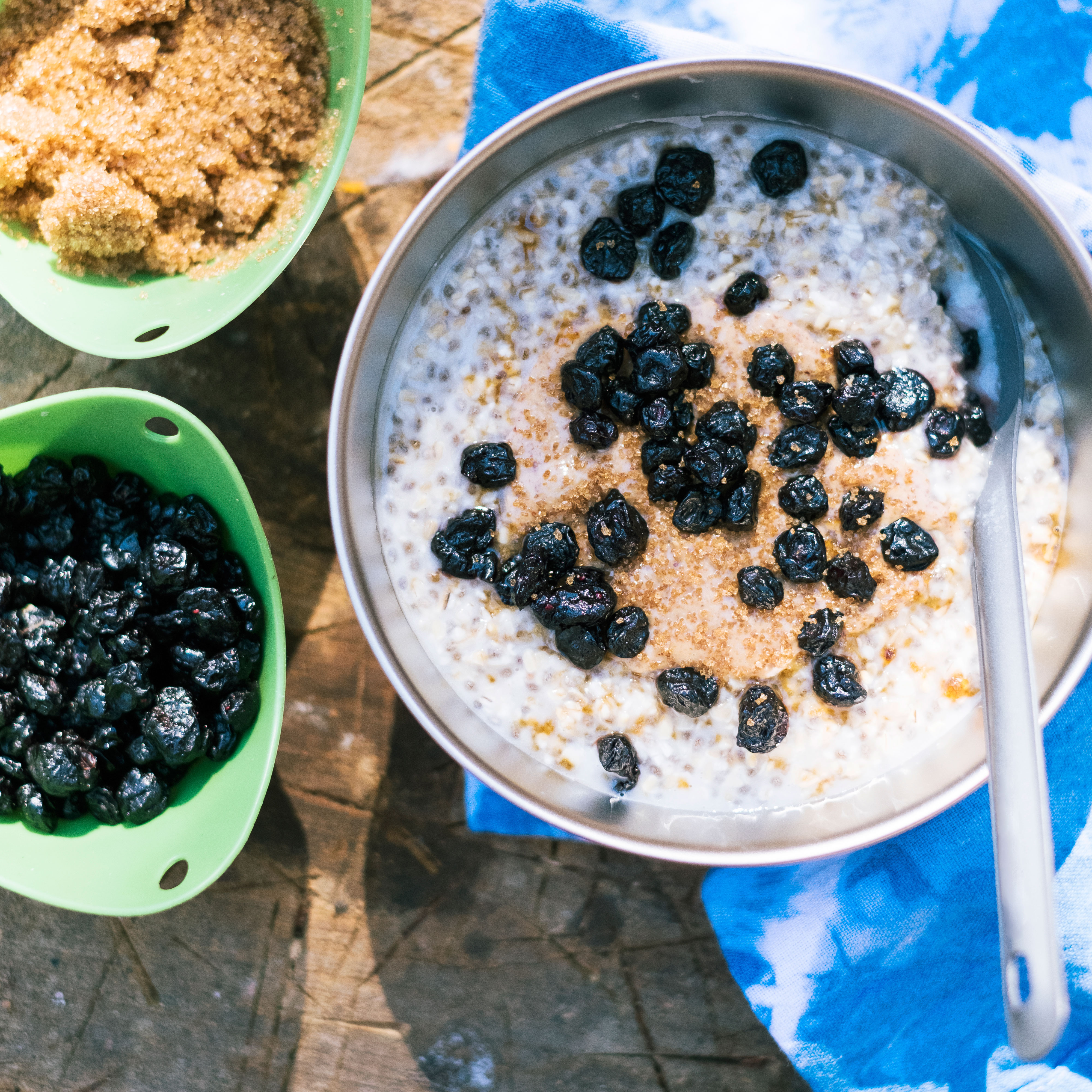 su-Overnight Oats with Blueberries and Almond Butter Image