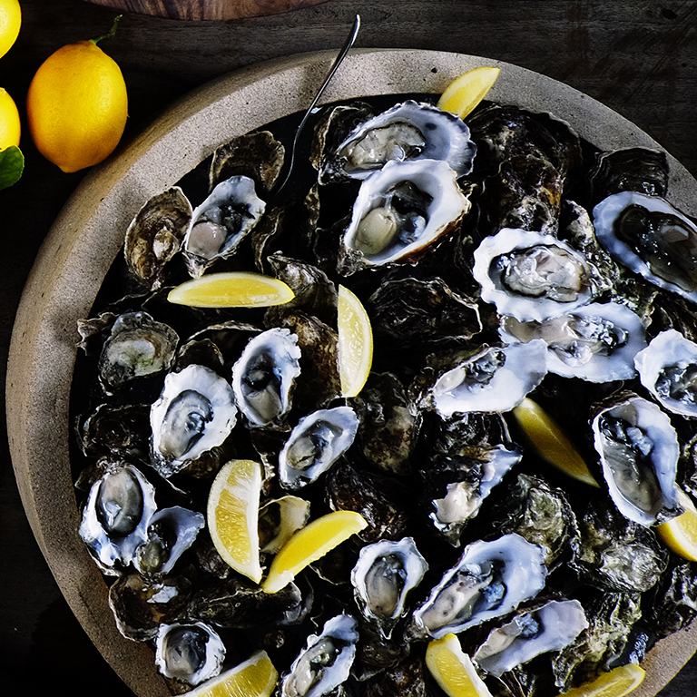 su-Oysters with Verjus Mignonette Image