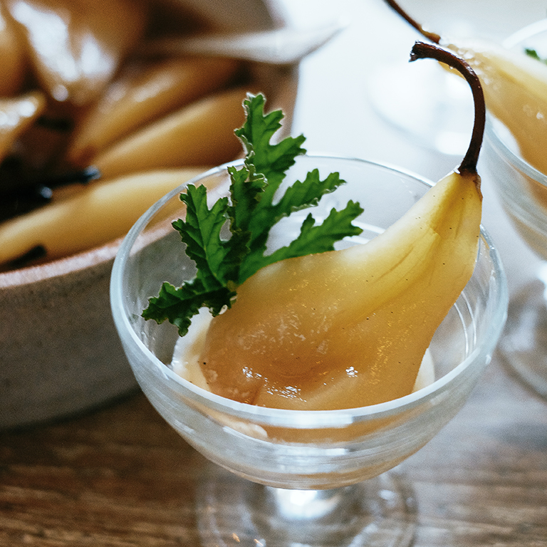 su-Poached Pears in Muscat Wine Image