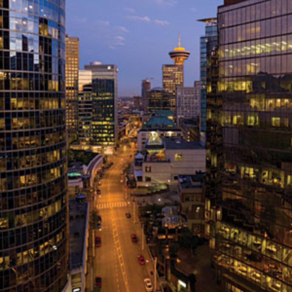 Downtown Vancouver: Fairmont Pacific Rim Hotel