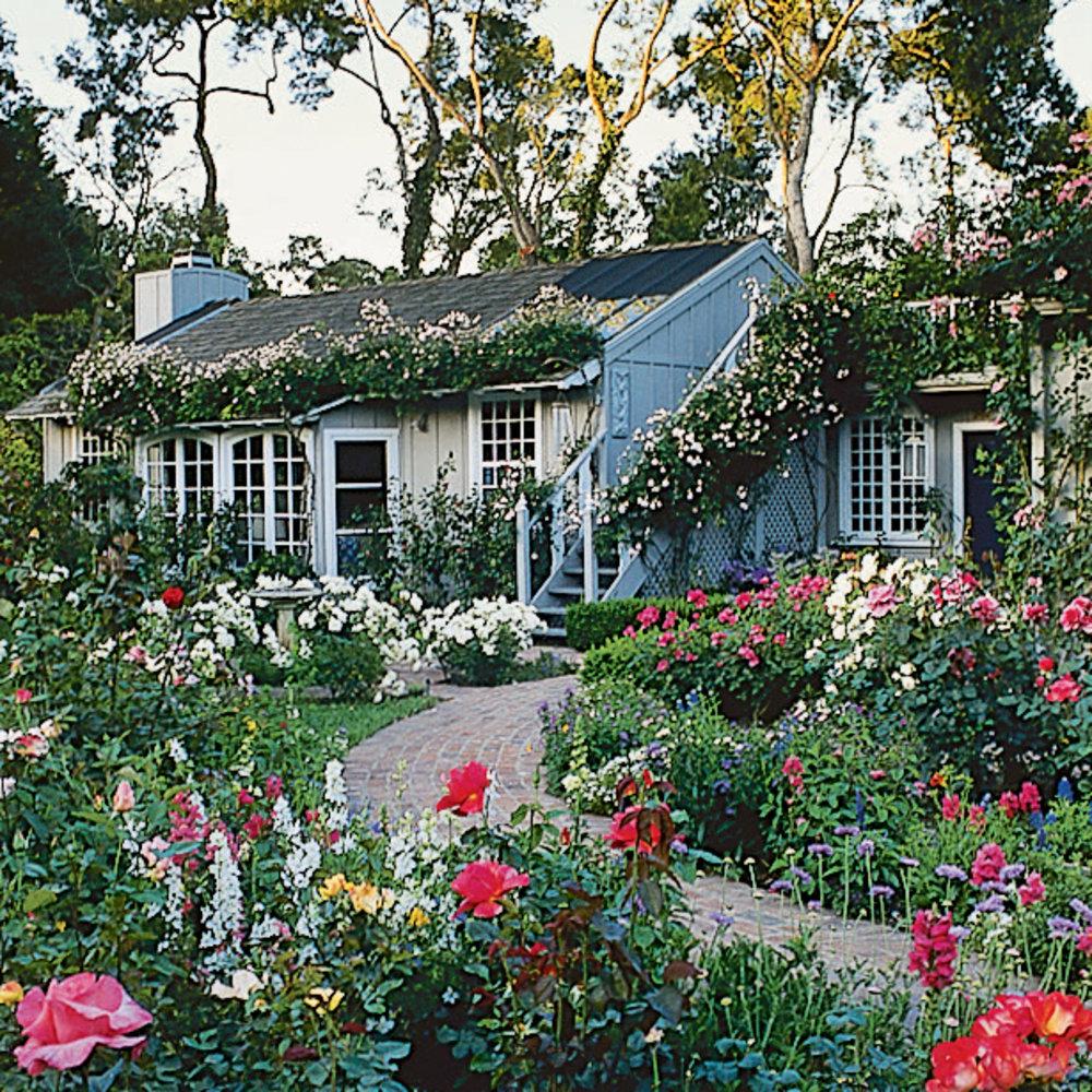 Garden Cottage: Guide To Cottage Gardening