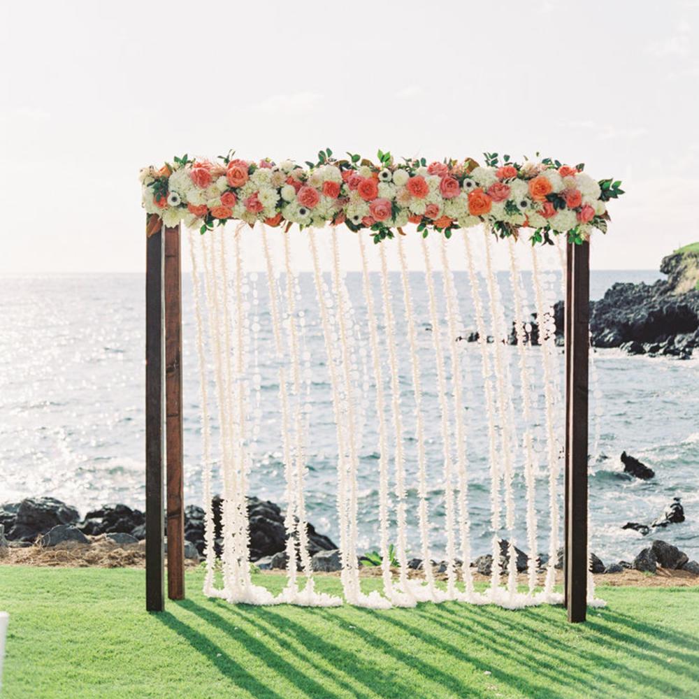 Simple Beach Wedding Ideas: 12 Beautiful Ideas For A Beach-Theme Wedding