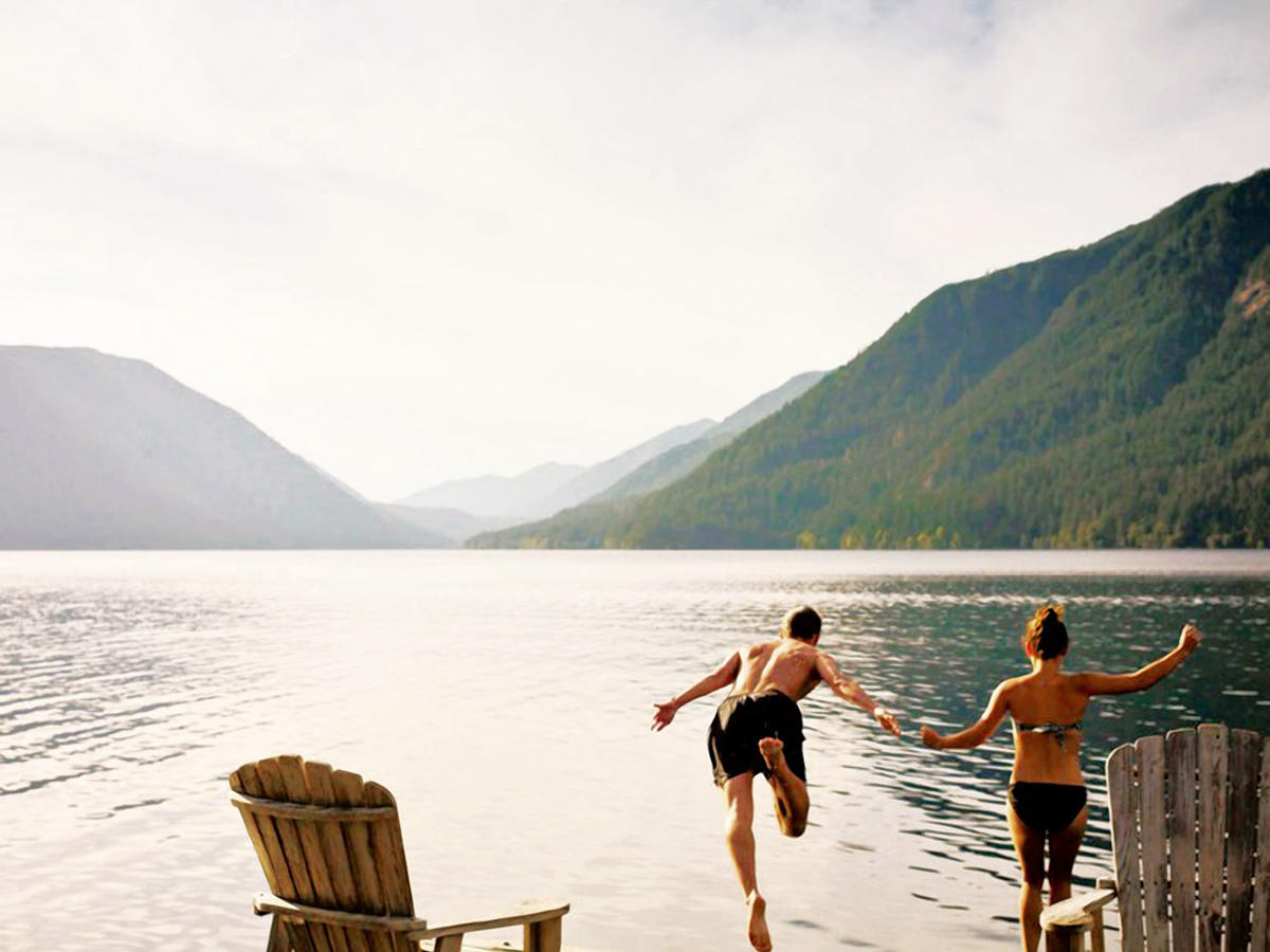 Best Lake Vacations in the West for Boating, Swimming and