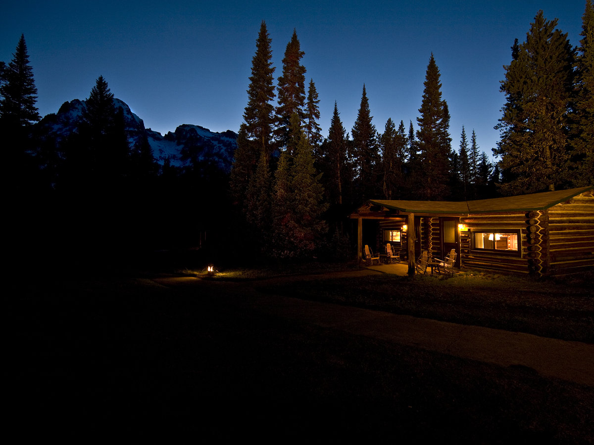 Hotels inns and lodges at grand teton and jackson hole for Sunset lodge