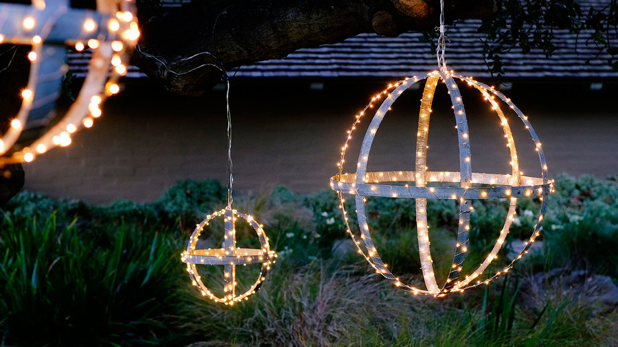 Outdoor Christmas Decorations Sunset Magazine