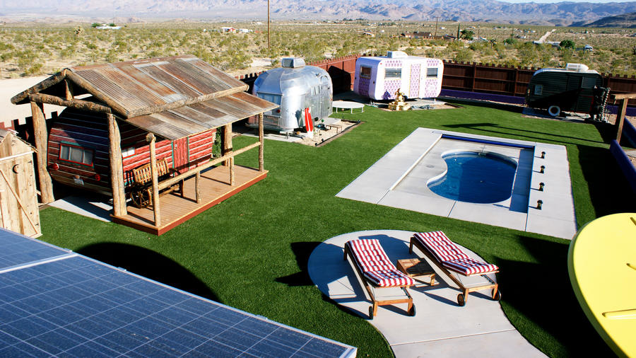 Unusual hotels in Joshua Tree like Hicksville Trailer Palace