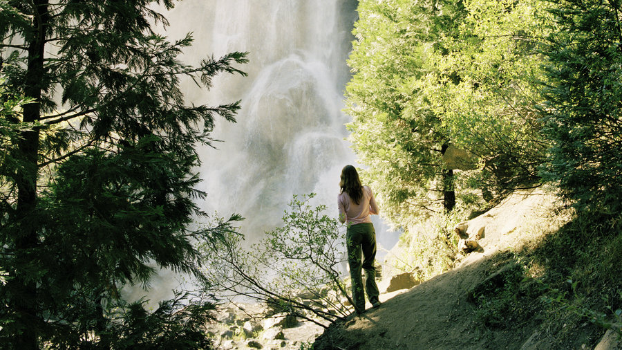 Woman looking at Grizzly Halls, one of the great hikes in Kings Canyon